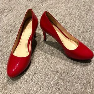 Cole Haan 8.5 women's red patent leather heels